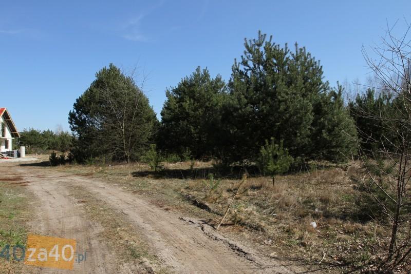Działka na sprzedaż, 900 m2, cena: 252 000,00 PLN, Bobrowiec, kontakt: PL +48 601 330 070